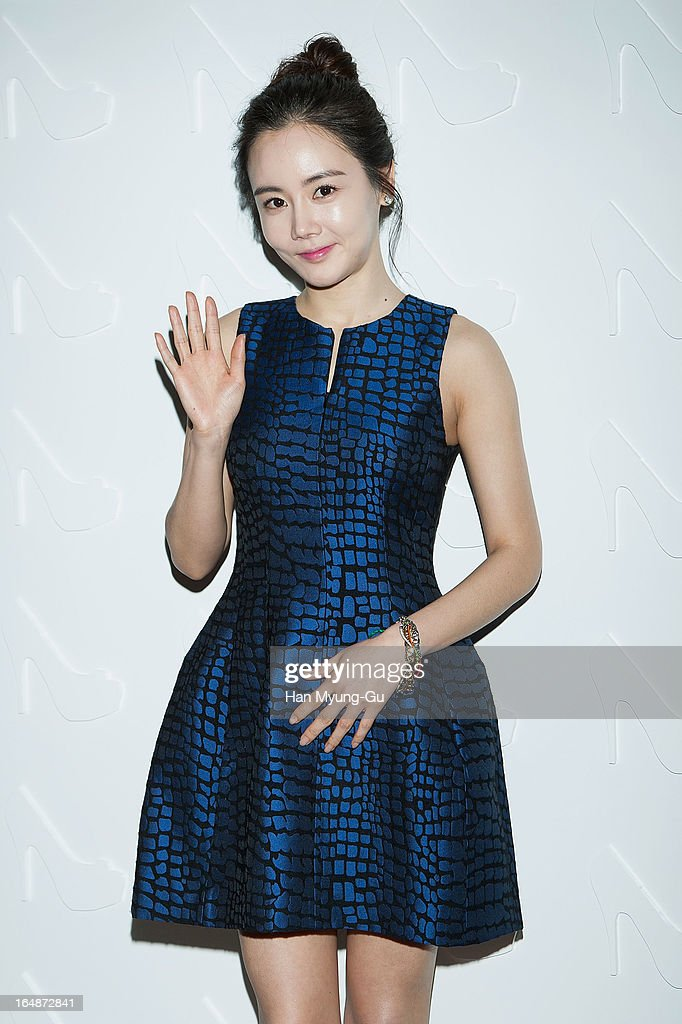 South Korean actress Hwangwoo Seul-Hye attends the 'Suecomma Bonnie' 10th Anniversary Exhibition at Conrad Hotel on March 28, 2013 in Seoul, South Korea.