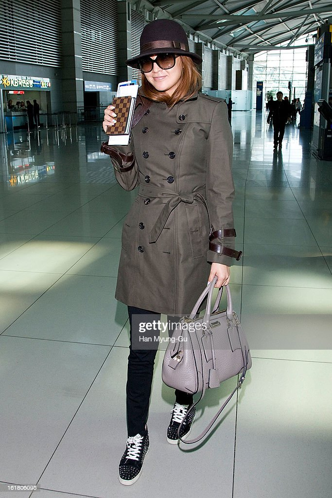 South Korean actress Kim Hee-Seon is seen at Incheon International Airport on February 16, 2013 in Incheon, South Korea.