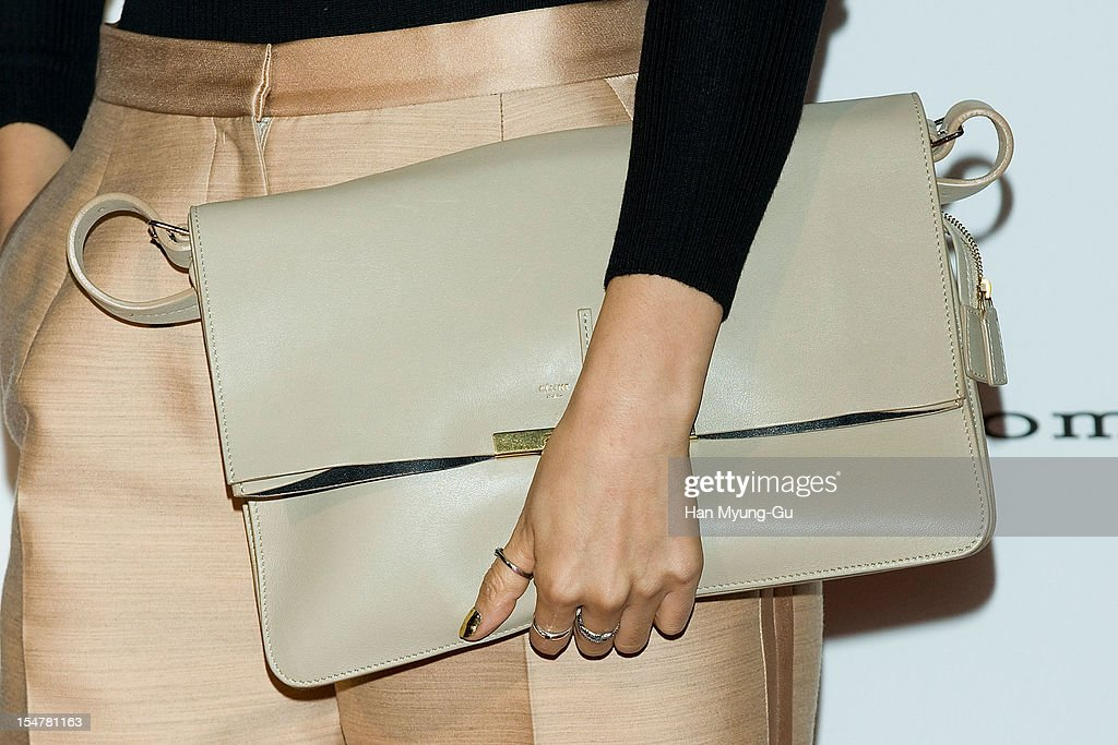 South Korean actress Kim Na-Young (Bag Detail) attends the promotional event of 'Suecomma Bonnie' 2013 S/S Presentation on October 25, 2012 in Seoul, South Korea.