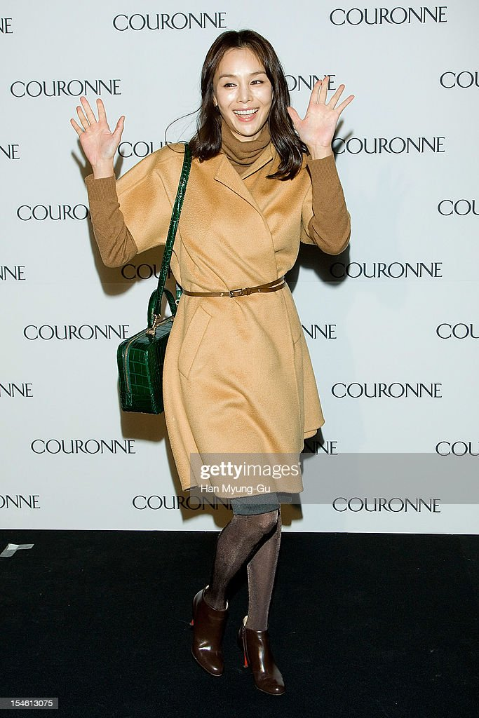 South Korean actress Kim Se-A attends during the Promotional event of 'Couronne' Flagship Store Renewal Opening Party at Couronne Gangnam Store on October 23, 2012 in Seoul, South Korea.