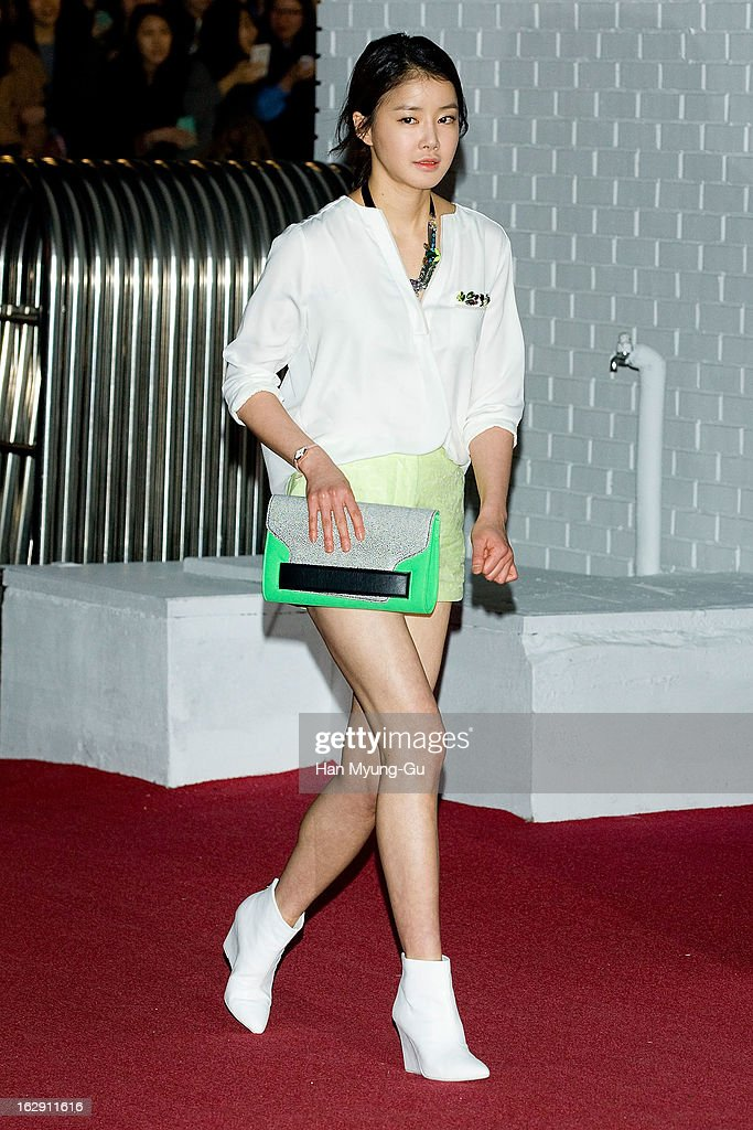 South Korean actress Lee Si-Young attends the H&M (Hennes & Mauritz AB) Hongik University Store Opening on February 28, 2013 in Seoul, South Korea.