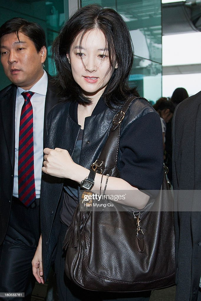 South Korean actress Lee YoungAe is seen on departure at Incheon International Airport on September 14 2013 in Incheon South Korea