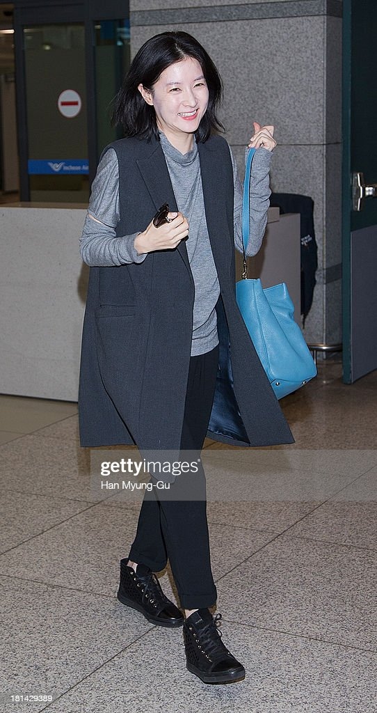 South Korean actress Lee YoungAe is seen upon arrival at Incheon International Airport on September 20 2013 in Incheon South Korea