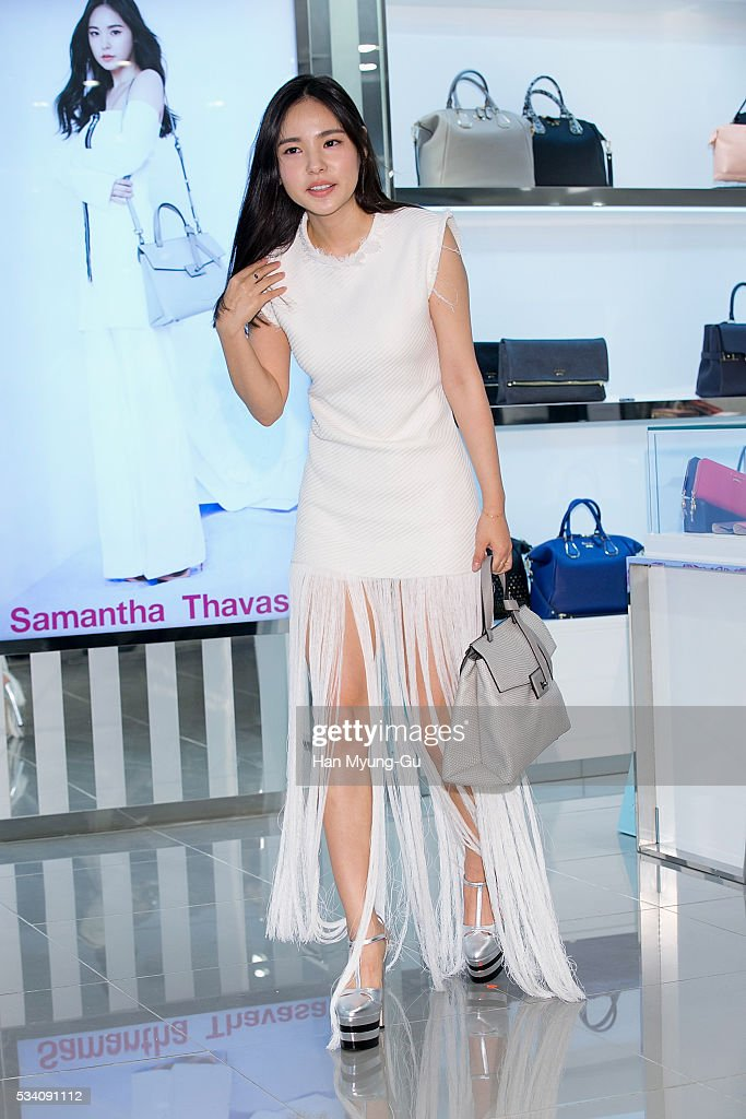 South Korean actress <a gi-track='captionPersonalityLinkClicked' href=/galleries/search?phrase=Min+Hyo-Rin&family=editorial&specificpeople=4466490 ng-click='$event.stopPropagation()'>Min Hyo-Rin</a> appears at the 'Samantha Thavasa' store at Lotte Department Store on May 25, 2016 in Seoul, South Korea.
