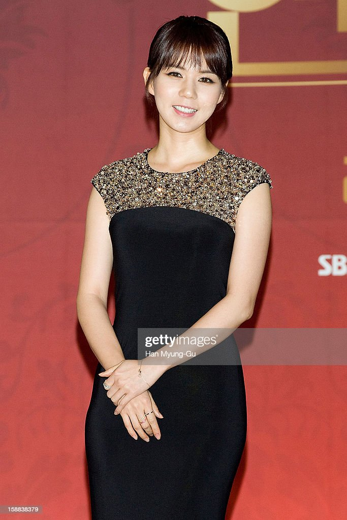 South Korean actress Park Si-Eun attends during the 2012 SBS Drama Awards at SBS Prism Tower on December 31, 2012 in Seoul, South Korea.