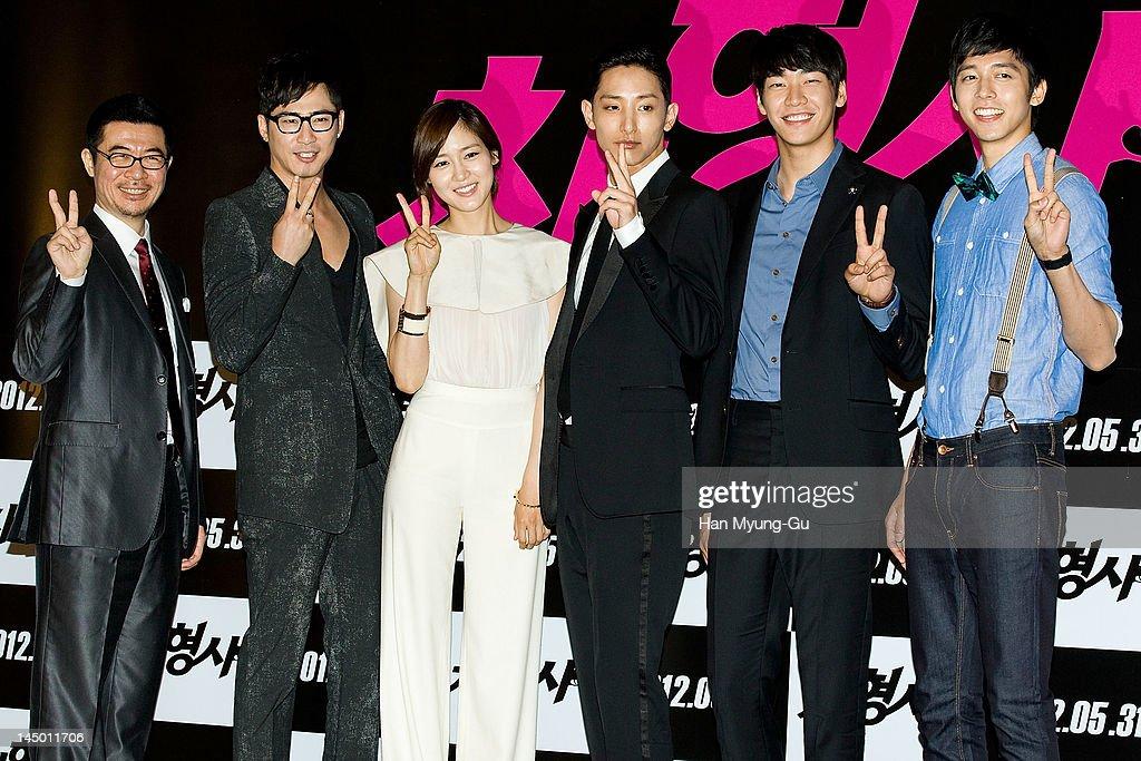 South Korean director Shin Tae-Ra and actors Kang Ji-Hwan,Sung You-Ri,Lee Soo-Hyuk,Kim Young-Kwang and Shin Min-Chul attend the 'Runway Cop' press screening on May 22, 2012 in Seoul, South Korea. The movie will open on May 31 in South Korea.