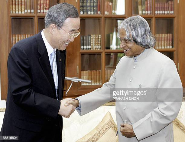 South Korean Foreign Affairs and Trade Minister Ban KiMoon shakes hands with Indian President Abdul Kalam during a meeting in New Delhi 02 August...