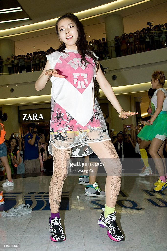South Korean girl group Sohee of <a gi-track='captionPersonalityLinkClicked' href=/galleries/search?phrase=Wonder+Girls&family=editorial&specificpeople=5637005 ng-click='$event.stopPropagation()'>Wonder Girls</a> attends during the 'Like This' Flashmob With <a gi-track='captionPersonalityLinkClicked' href=/galleries/search?phrase=Wonder+Girls&family=editorial&specificpeople=5637005 ng-click='$event.stopPropagation()'>Wonder Girls</a> at Times Square on June 24, 2012 in Seoul, South Korea.