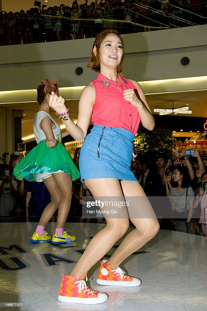 South Korean girl group Yenny of <a gi-track='captionPersonalityLinkClicked' href=/galleries/search?phrase=Wonder+Girls&family=editorial&specificpeople=5637005 ng-click='$event.stopPropagation()'>Wonder Girls</a> attends during the 'Like This' Flashmob With <a gi-track='captionPersonalityLinkClicked' href=/galleries/search?phrase=Wonder+Girls&family=editorial&specificpeople=5637005 ng-click='$event.stopPropagation()'>Wonder Girls</a> at Times Square on June 24, 2012 in Seoul, South Korea.