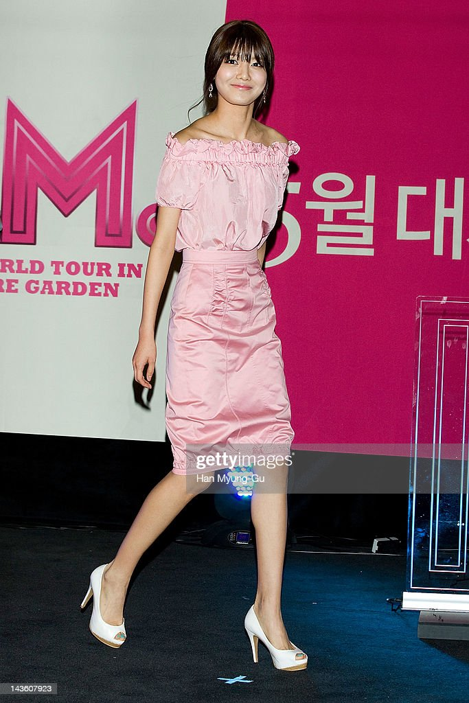 South Korean idol girl group Sooyoung of Girls' Generation attends a showcase to promote 'I AM.' at CGV on April 30, 2012 in Seoul, South Korea. The documentary movie will open on May in South Korea.