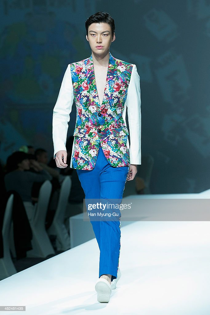South Korean model Ahn Jae-Hyun walks the runway at the MCM S/S 2014 Seoul Fashion Show at Lotte Hotel on November 26, 2013 in Seoul, South Korea.