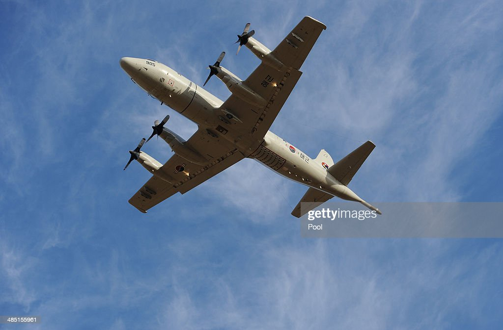 South Korean P3 Orion aircraft takes off from Pearce Airbase in Bullsbrook 35 kms north of Perth to help in the search for missing Malaysia Airlines...