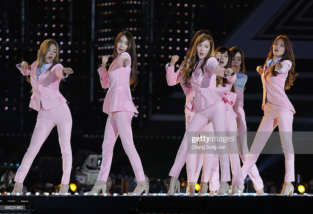 South Korean pop group <a gi-track='captionPersonalityLinkClicked' href=/galleries/search?phrase=Girls+Generation&family=editorial&specificpeople=7289253 ng-click='$event.stopPropagation()'>Girls Generation</a> perform on stage during the 20th Dream Concert on June 7, 2014 in Seoul, South Korea.