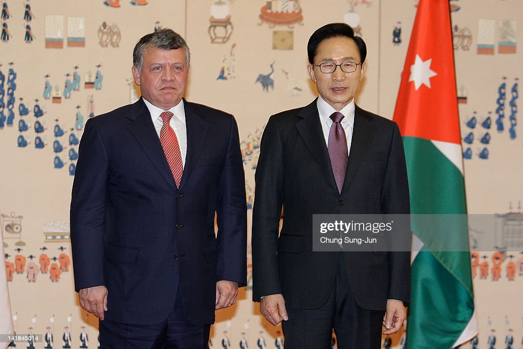 South Korean President Lee Myung-bak (R) poses with King Abdullah II of Jordan during a meeting at the Presidential house on March 25, 2012 in Seoul, South Korea. World leaders gather at Seoul to discuss on the issues to prevent possible nuclear terrorism and recurrence of meltdown of nuclear power plants and to minimize nuclear material across the world.