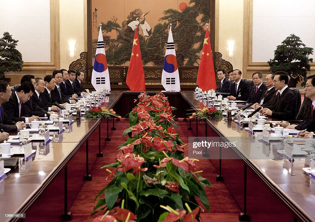 South Korean President Lee Myung-bak, second from right, and his Chinese counterpart <a gi-track='captionPersonalityLinkClicked' href=/galleries/search?phrase=Hu+Jintao&family=editorial&specificpeople=203109 ng-click='$event.stopPropagation()'>Hu Jintao</a> attend a bilateral meeting at the Great Hall of the People on January 9, 2011 in Beijing, China. Lee Myung-bak is on a three-day state visit to China for talks with his counterpart <a gi-track='captionPersonalityLinkClicked' href=/galleries/search?phrase=Hu+Jintao&family=editorial&specificpeople=203109 ng-click='$event.stopPropagation()'>Hu Jintao</a>, which are expected to focus on North Korea's stability and strengthening bilateral economic ties.