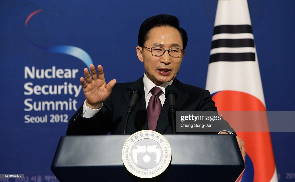 South Korean President <a gi-track='captionPersonalityLinkClicked' href=/galleries/search?phrase=Lee+Myung-Bak&family=editorial&specificpeople=704274 ng-click='$event.stopPropagation()'>Lee Myung-Bak</a> speaks as he attends a joint press conference with U.S. President Barack Obama at the presidential house on March 25, 2012 in Seoul, South Korea. World leaders are gathering in Seoul to discuss the threat of nuclear terrorism, the recurrence nuclear power plant meltdown and to minimize nuclear material across the world.