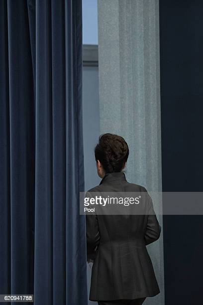 South Korean President Park GeunHye exitd after delivering an address to the nation at the presidential Blue House on November 4 2016 in Seoul South...
