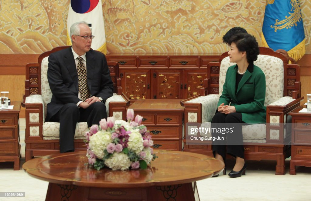 South Korean President Park Geun-Hye (R) talks with Goh Chok Tong, Senior Minister and former Prime Minister of Singapore after inauguration ceremony at presidential house on February 25, 2013 in Seoul, South Korea. Park, the daughter of former Republic of Korea Army general and dictator from 1961 to 1979 Park Chung-hee, was today sworn in as the first female president of South Korea.