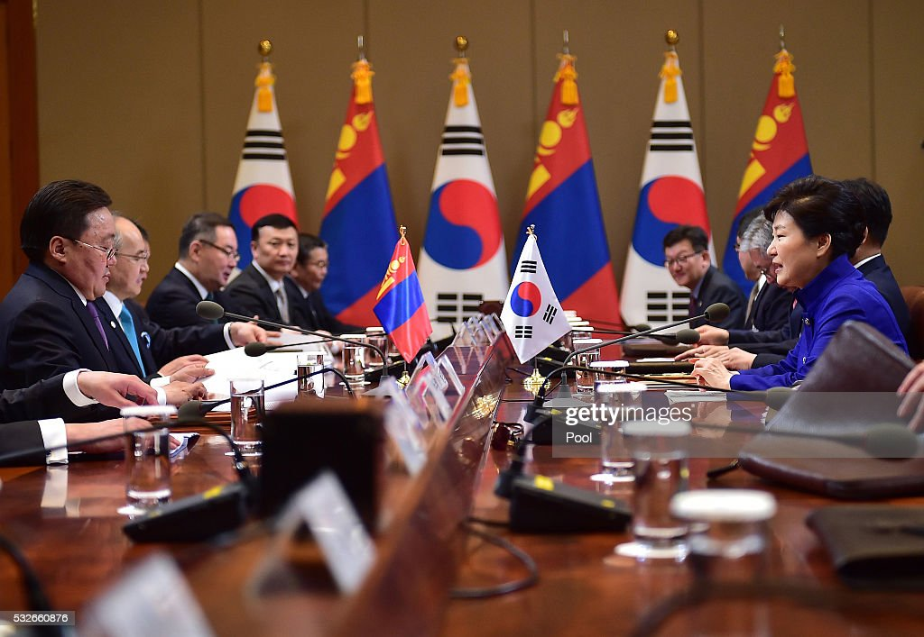 South Korean President Park Geun-Hye (R) talks with Mongolian President <a gi-track='captionPersonalityLinkClicked' href=/galleries/search?phrase=Tsakhiagiin+Elbegdorj&family=editorial&specificpeople=5427078 ng-click='$event.stopPropagation()'>Tsakhiagiin Elbegdorj</a> (L) during their meeting at the presidential Blue House on May 19, 2016 in Seoul, South Korea. Mongolian President <a gi-track='captionPersonalityLinkClicked' href=/galleries/search?phrase=Tsakhiagiin+Elbegdorj&family=editorial&specificpeople=5427078 ng-click='$event.stopPropagation()'>Tsakhiagiin Elbegdorj</a> is visiting South Korea for three days to discuss bilateral ties.