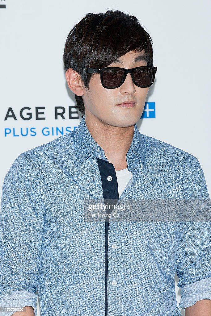South Korean singer Kangta attends during a promotional event for the 'Lab Series' Launch Party on August 7, 2013 in Seoul, South Korea.