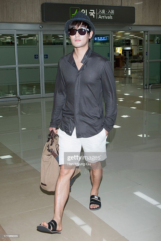 South Korean singer Kangta is seen upon arrival at Gimpo International Airport on August 23, 2013 in Seoul, South Korea.