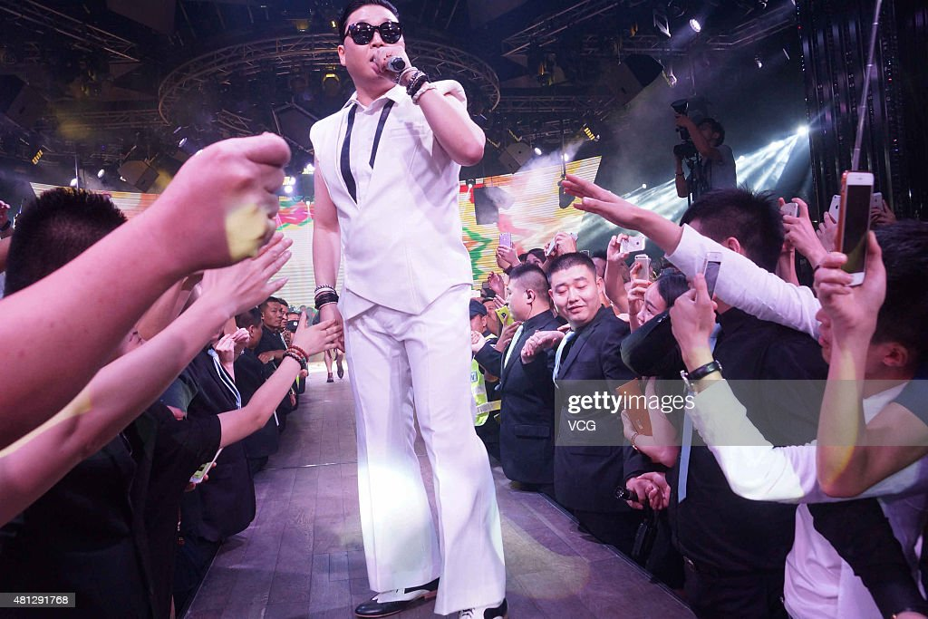 South Korean singer <a gi-track='captionPersonalityLinkClicked' href=/galleries/search?phrase=Psy+-+Intrattenitore&family=editorial&specificpeople=9699998 ng-click='$event.stopPropagation()'>Psy</a>, Park Jae-sang performs on the stage at a bar on July 18, 2015 in Hangzhou, China.