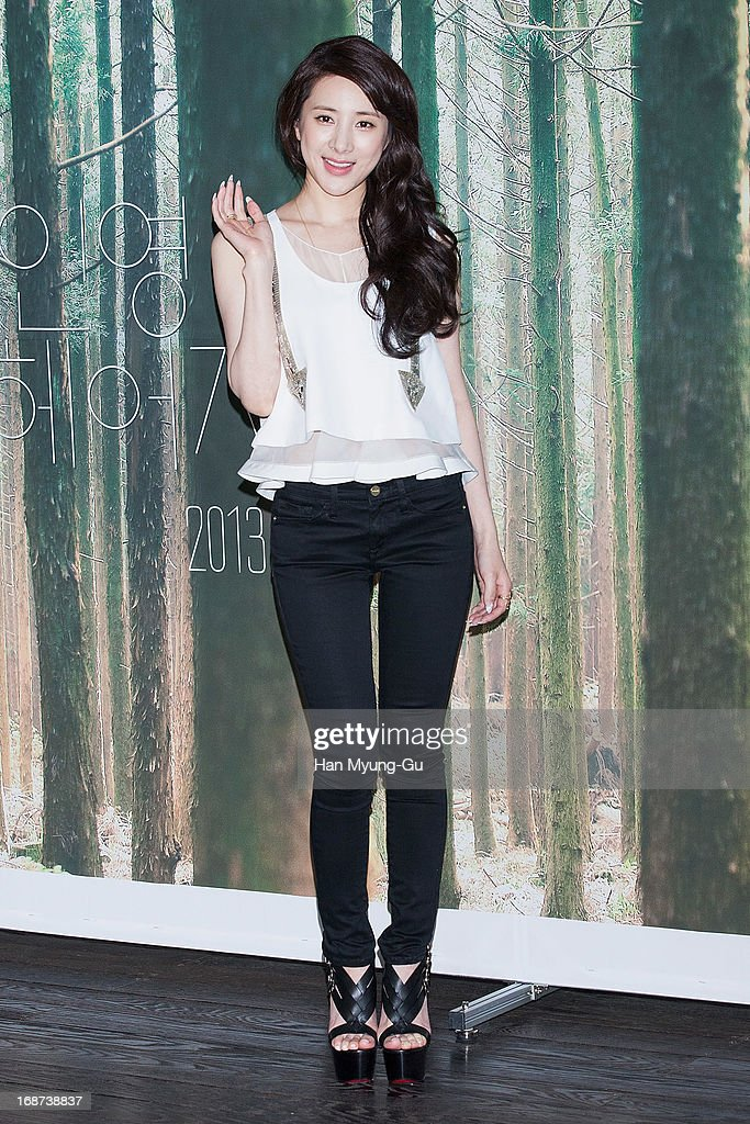 South Korean singer Seo In-Young poses for media during after her mini album 'Forever Young' Showcase on May 14, 2013 in Seoul, South Korea.