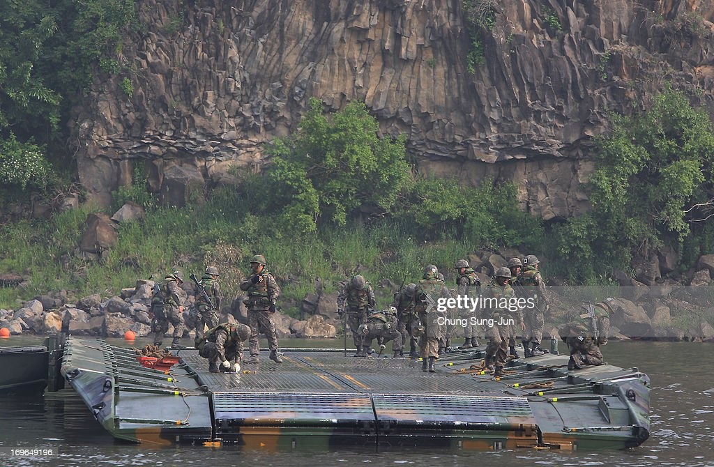 Yeoncheon-gun South Korea  city photo : ... Yeoncheon gun, South Korea. The joint exercise is for the first time