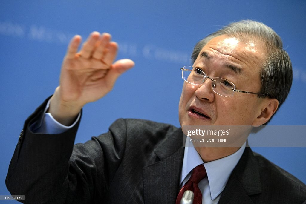South Korean Trade minister Bark Taeho gestures during a press confrence following his earing on his bid to become the new World Trade Organization (WTO) general director on January 31, 2013 at the World Trade Organization (WTO) headquarters in Geneva. WTO is interviewing nine candidates to replace Pascal Lamy as director general. The WTO's 158 member countries is to make its decision known by May 31.