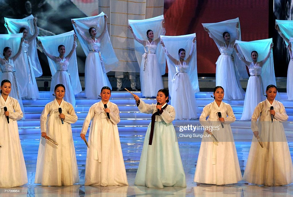 South Koreans performs during a opening ceremony of the 1st Seoul Drama Awards 2006 at the Korea Broadcasters Association on August 29, 2006 in Seoul, South Korea. 105 dramas include mini series, single drama and drama series from 29 countries participate in a awards.