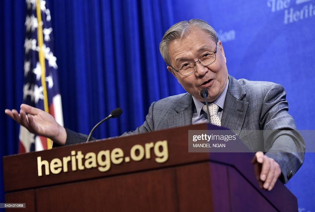 South Korea's National Security Committee member, retired South Korean lieutenant general Park Yong-Ok, speaks during a discussion on North Korea at the Heritage Foundation on June 28, 2016 in Washington, DC. / AFP / MANDEL