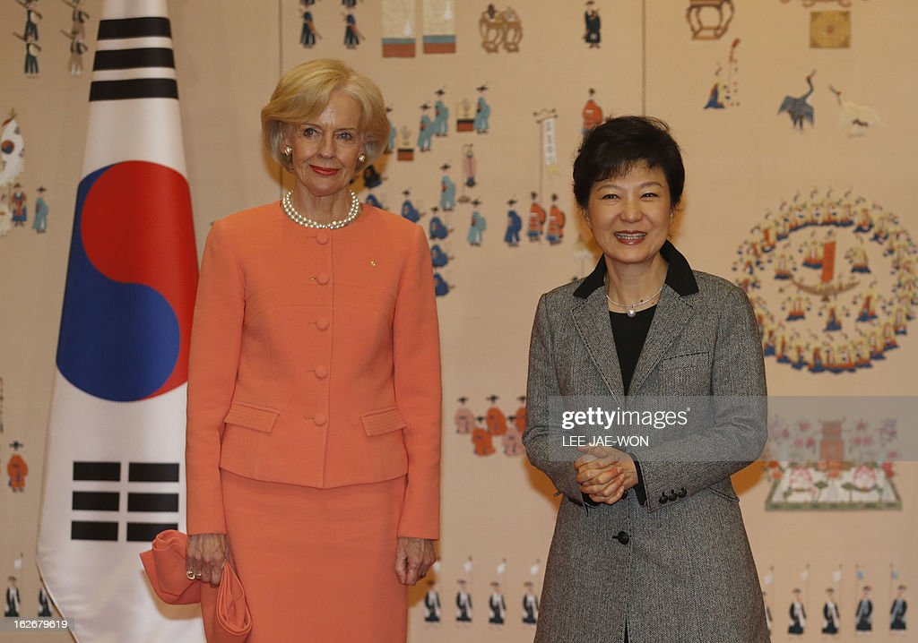 South Korea's President Park Geun-Hye (R) and Australia's Governor General Quentin Bryce pose before their talks at the presidential Blue House in Seoul on February 26, 2013. Park Geun-Hye became South Korea's first female president Monday, vowing zero tolerance with North Korean provocation and demanding Pyongyang 'abandon its nuclear ambitions' immediately. AFP PHOTO / POOL / Lee Jae-Won
