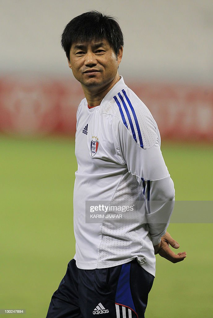 South Korea's Suwon Samsung Bluewings coach Yoon Sung-Hyo attends a training session at Al-Sadd Stadium in Doha on October 25, 2011 on the eve of his team's AFC Champions League match against Qatar's Al-Sadd.