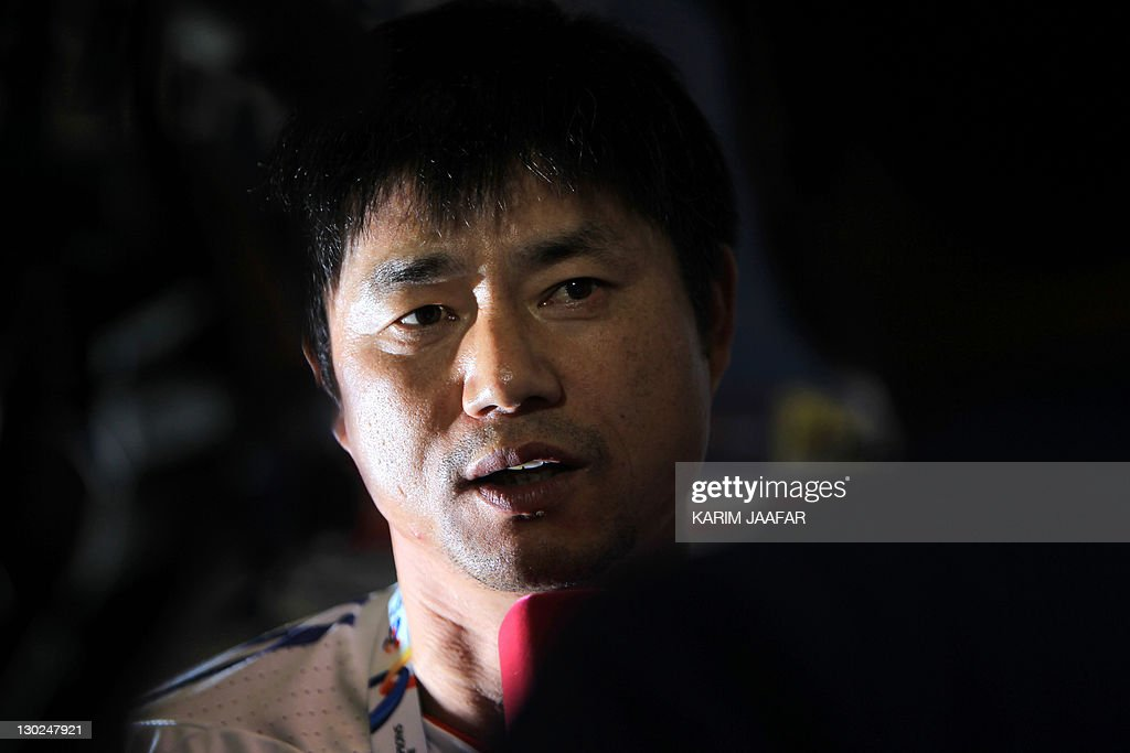 South Korea's Suwon Samsung Bluewings coach Yoon Sung-Hyo holds a press conference at Al-Sadd Stadium in Doha on October 25, 2011 on the eve of his team's AFC Champions League match against Qatar's Al-Sadd.