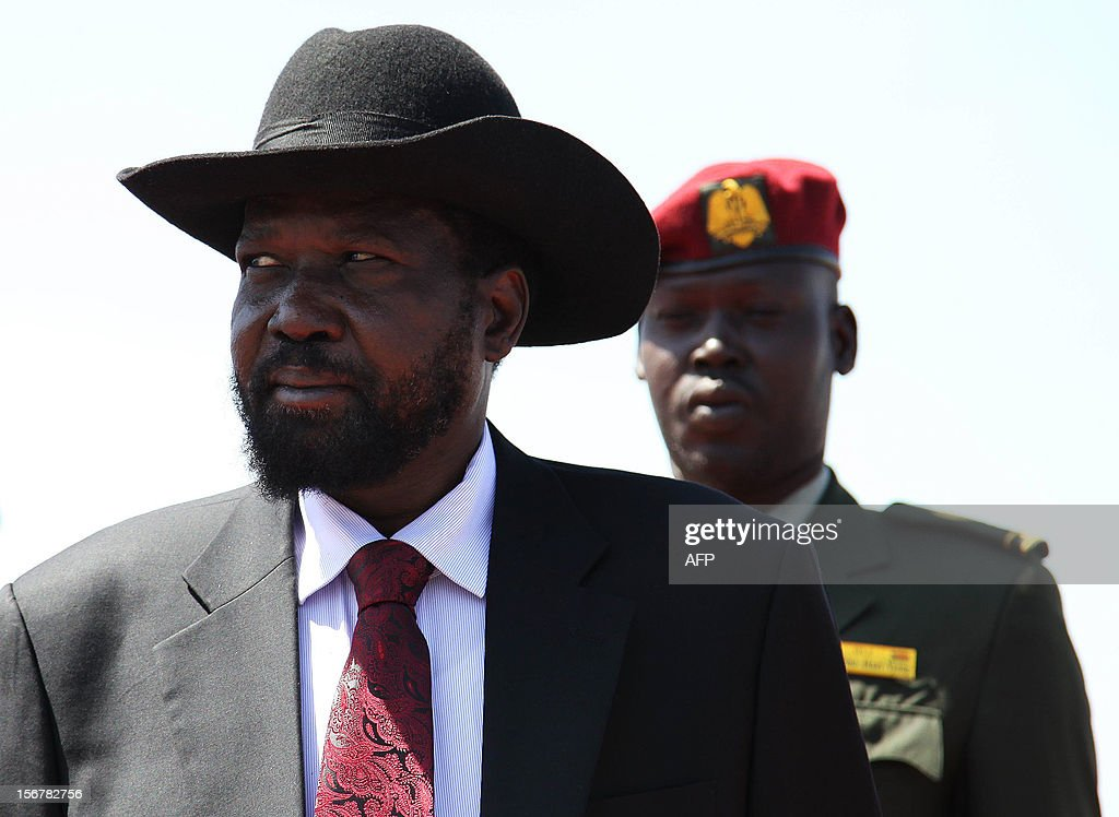 South Sudan's President Salva Kiir (L) is pictured during a visit to an oil refinery in Melut, Upper Nile State, South Sudan on November 20, 2012. In January 2012, South Sudan cut off oil production for 10 months after accusing Sudan of stealing its crude. The shut down escalated into border conflict in April 2012, but the two sides later signed deals to restart the oil. Kiir claims the restarting of oil production has been delayed due to further demands made by Sudan after the agreement was reached.
