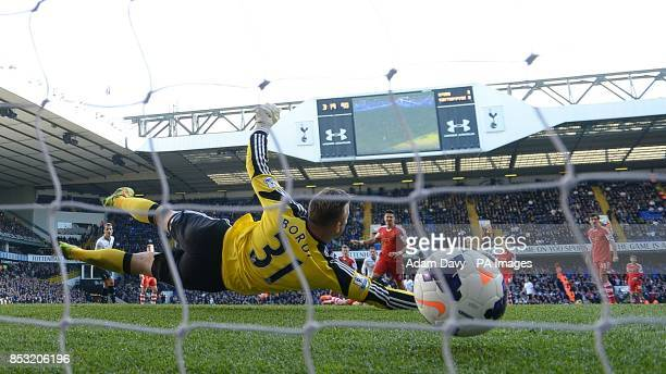Southampton goalkeeper Artur Boruc fails to stop a shot from Tottenham Hotspur's Gylfi Sigurdsson for his teams third goal of the game