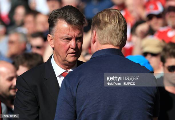 Southampton manager Ronald Koeman and Manchester United manager Louis van Gaal chat before kick off