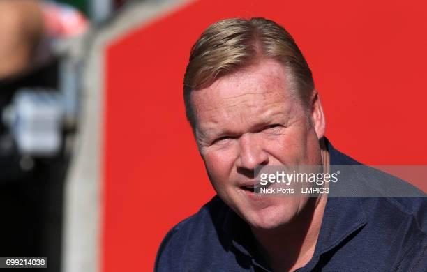 Southampton manager Ronald Koeman before kick off