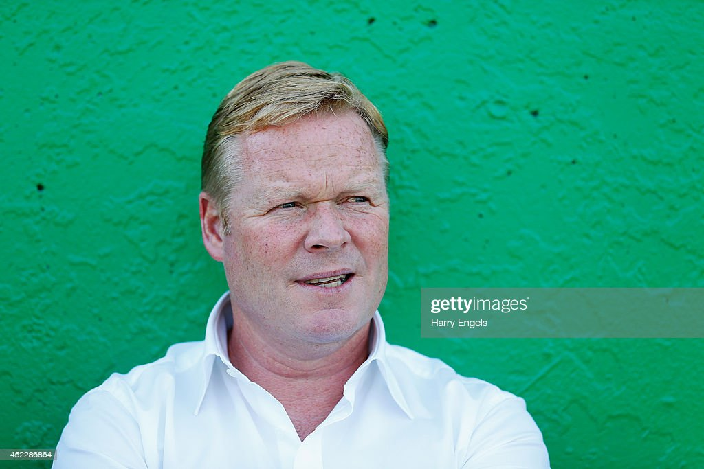 Southampton manager <a gi-track='captionPersonalityLinkClicked' href=/galleries/search?phrase=Ronald+Koeman&family=editorial&specificpeople=652522 ng-click='$event.stopPropagation()'>Ronald Koeman</a> looks on during the pre-season friendly match between KSK Hasselt and Southampton at the Stedelijk Sportstadion on July 17, 2014 in Hasselt, Belgium.