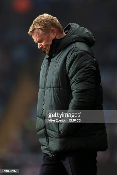 Southampton manager Ronald Koeman reacts to the first half