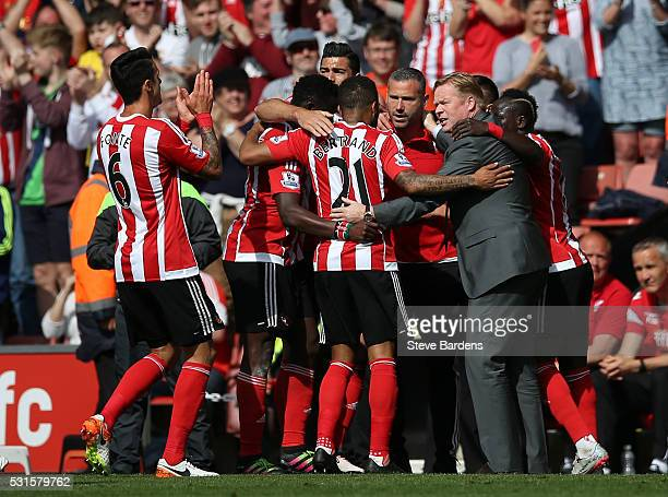 Southampton players and Ronald Koeman manager of Southampton celebrate their team's second goal during the Barclays Premier League match between...