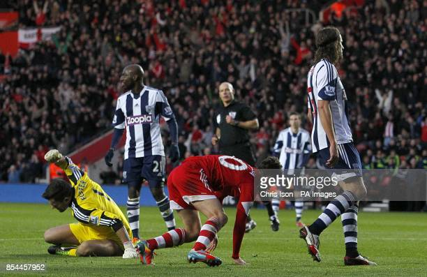Southampton's Adam Lallana reacts as he scores his teams opening goal