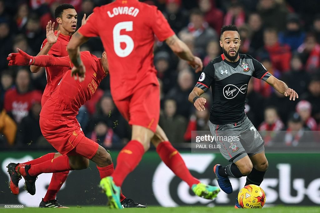 FBL-ENG-LCUP-LIVERPOOL-SOUTHAMPTON : News Photo