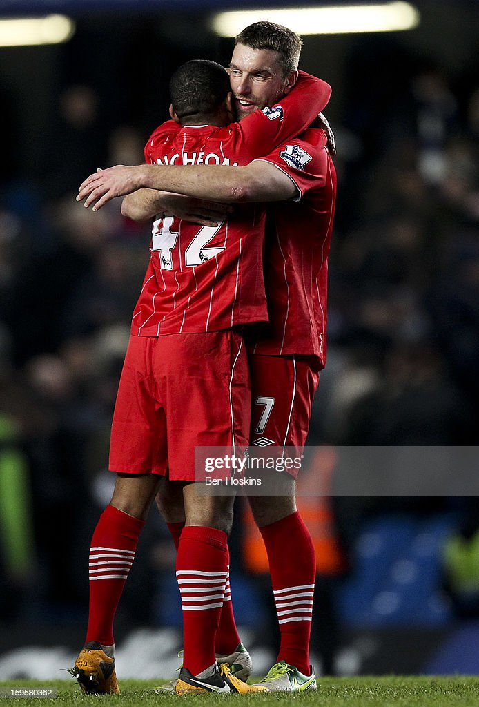 Southampton's goalscorers Jason Puncheon (L) and <a gi-track='captionPersonalityLinkClicked' href=/galleries/search?phrase=Rickie+Lambert&family=editorial&specificpeople=4124959 ng-click='$event.stopPropagation()'>Rickie Lambert</a> (R) celebrate at the final whistle during the Barclays Premier League match between Chelsea and Southampton at Stamford Bridge on January 16, 2013 in London, England.