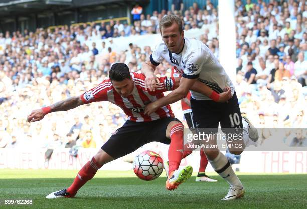 Southampton's Jose Fonte battles for possession of the ball with Tottenham Hotspur's Harry Kane