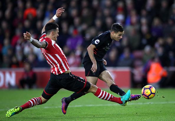 Southampton v Liverpool - Premier League - St Mary's Stadium : News Photo