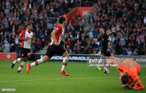 Southampton's Manolo Gabbiadini celebrates scoring his side's second goal of the game from the penalty spot during the Premier League match at St...