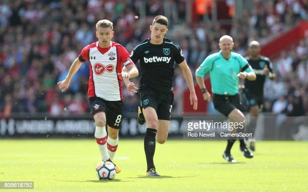Southampton's Steven Davis and West Ham United's Declan Rice during the Premier League match between Southampton and West Ham United at St Mary's...