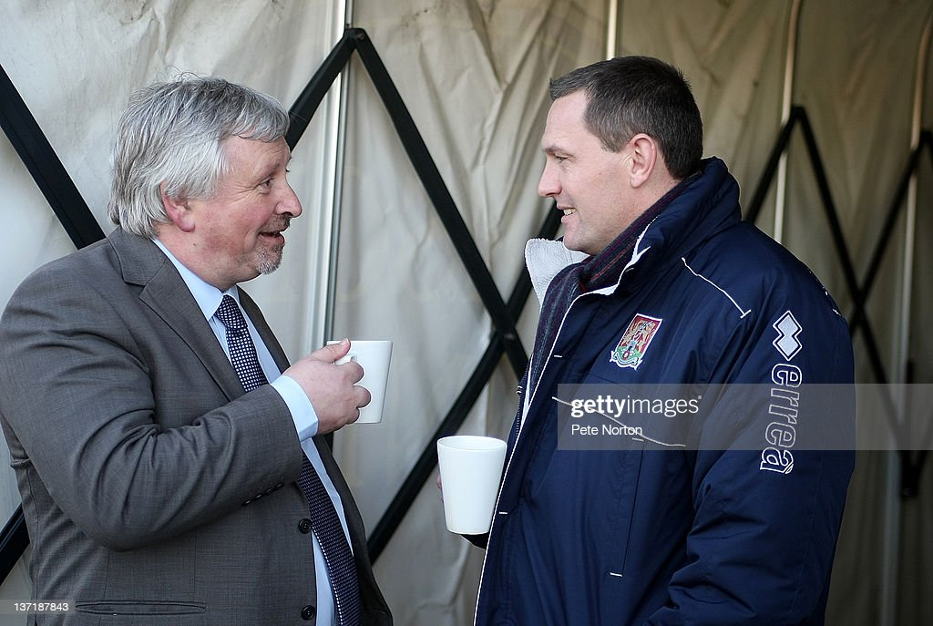 Southend United manager Paul Sturrock talks to Northampton Town manager Aidy Boothroyd prior to the npower League Two match between Northampton Town...