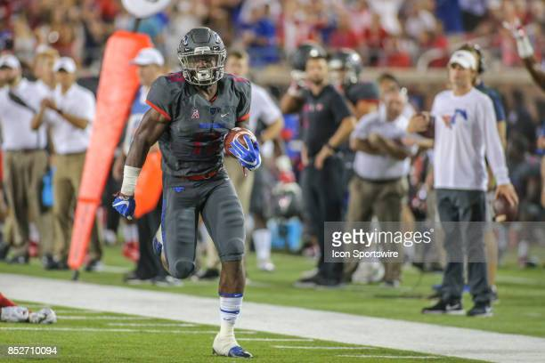 Southern Methodist Mustangs running back Ke'Mon Freeman runs to the end zone for a touchdown during the game between SMU and Arkansas State on...
